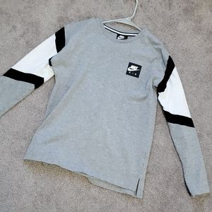 Boys Nike long sleeve XL